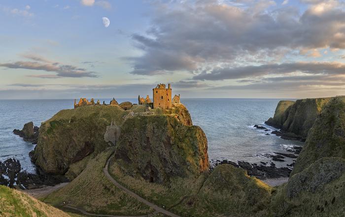 Шотландия.Замок Данноттар