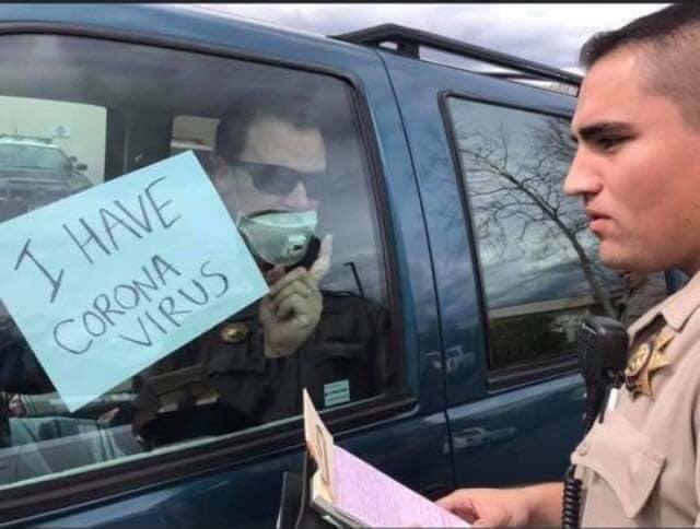 Лайфхакер Полицейский, Коронавирус, США