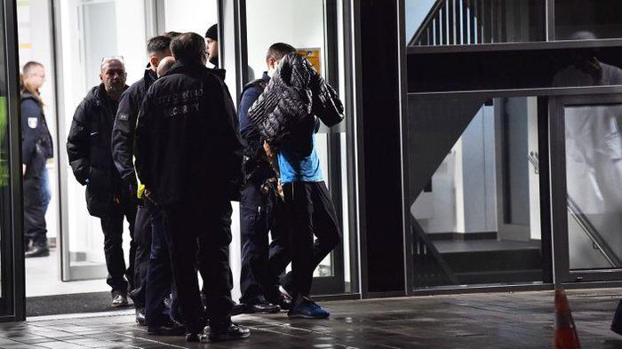 В Германии начался процесс над убийцей сына экс-президента ФРГ Негатив, Германия, Суд, Новости, Элита, Длиннопост