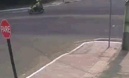 Автомобилист подкидываетПенивайзу джекпот