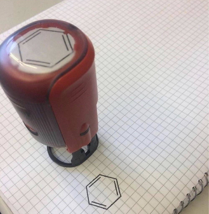 Штамп для бензольных колец