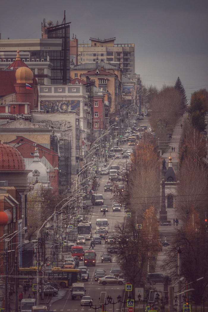 Городской пейзаж, снятый на супертелевик