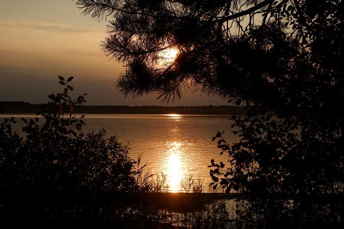 Закат на озере Свитязь (Волынь)