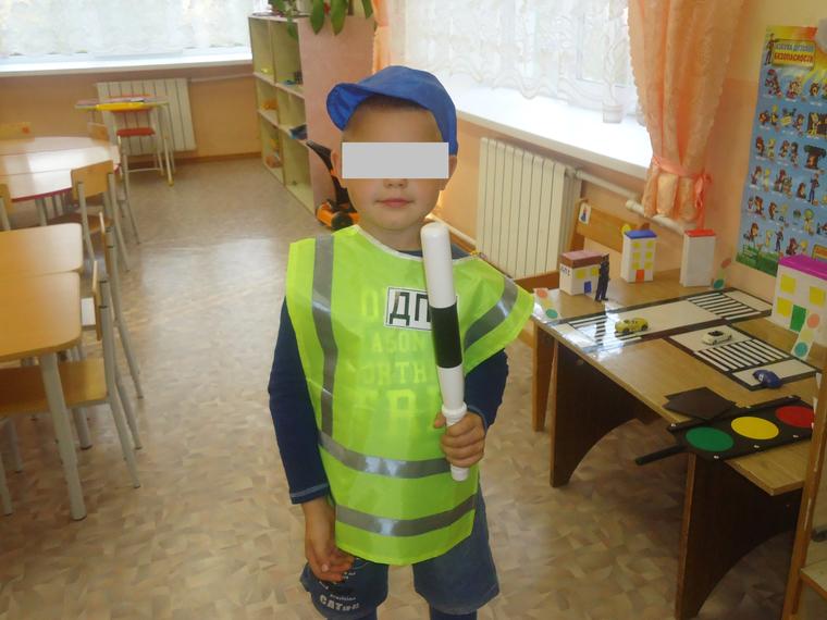 Однажды в детском саду я снял свои трусики перед воспитательницей