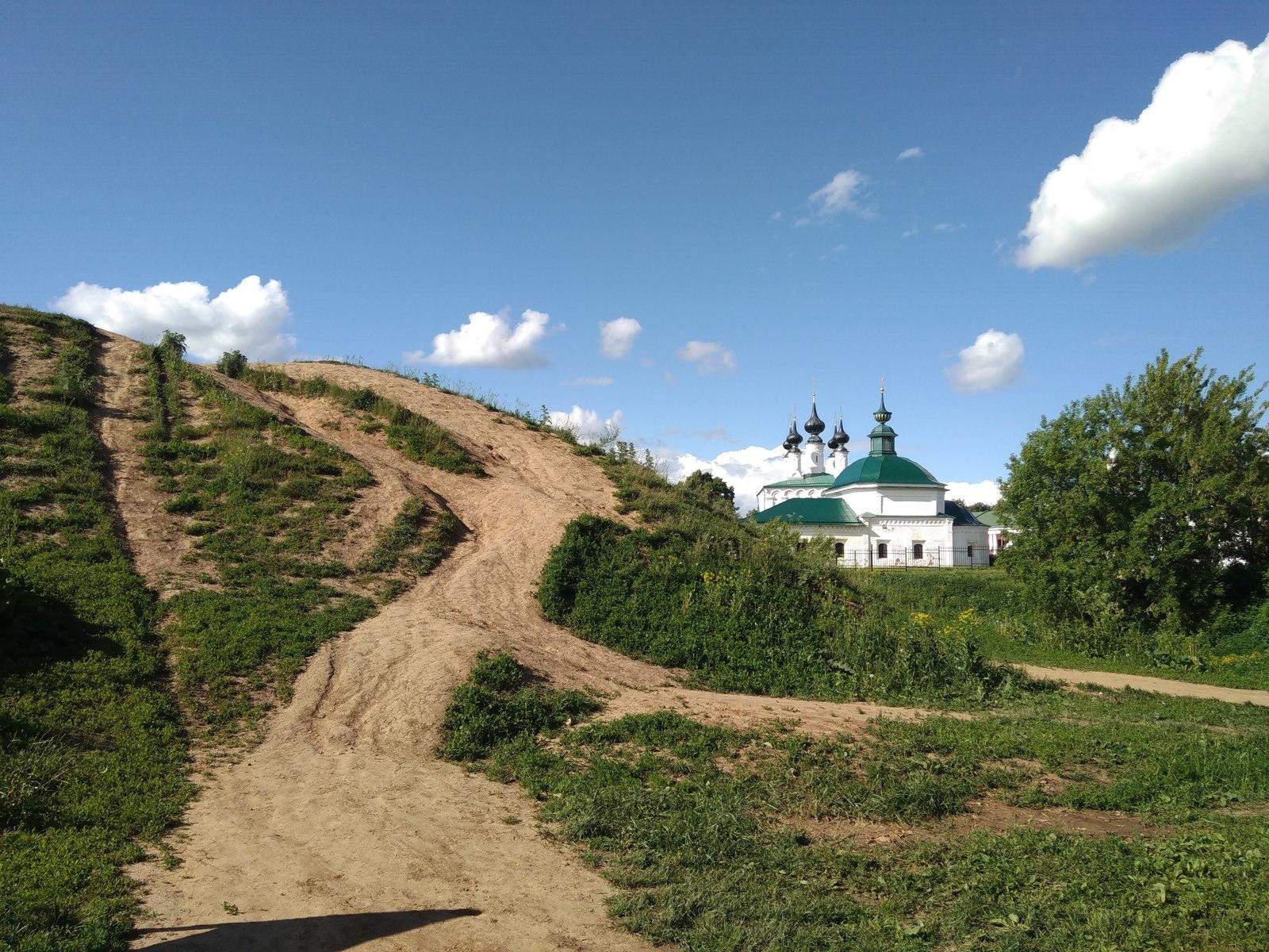 zhenshini-snimayut-na-noch-parnya-v-ivanovo