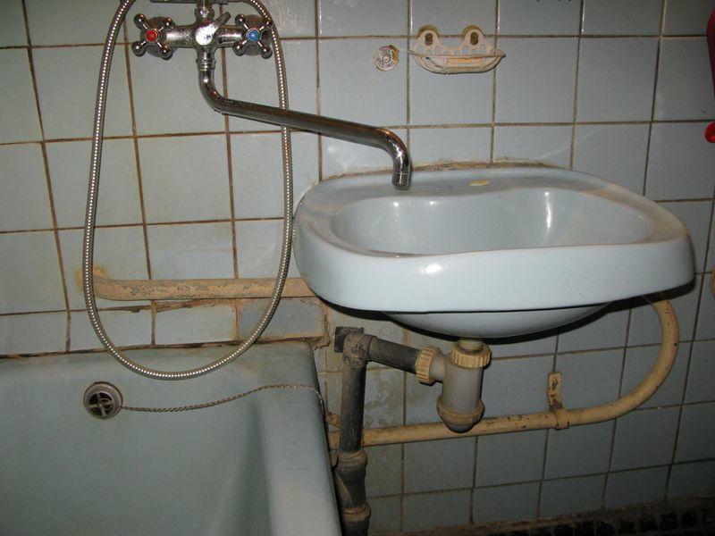 эконом вариант мебели в ванную комнату часть 1