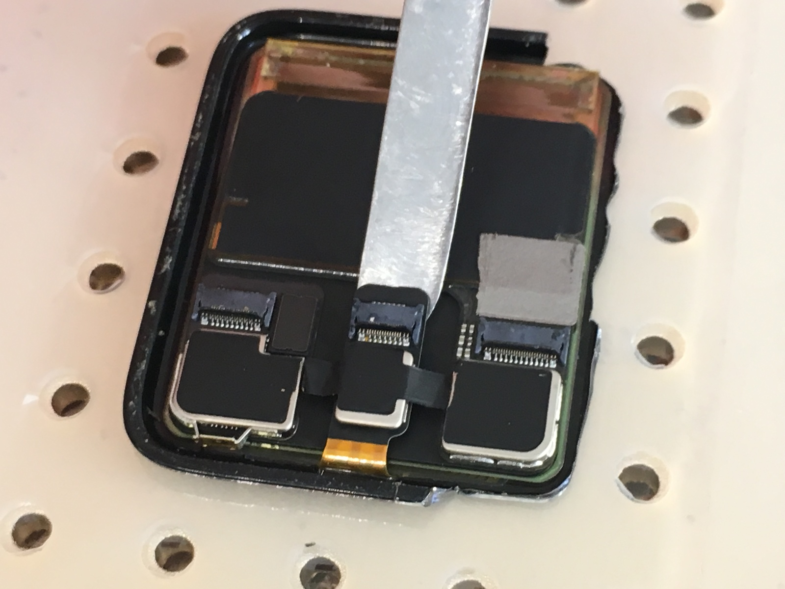 замена сенсора apple watch 1