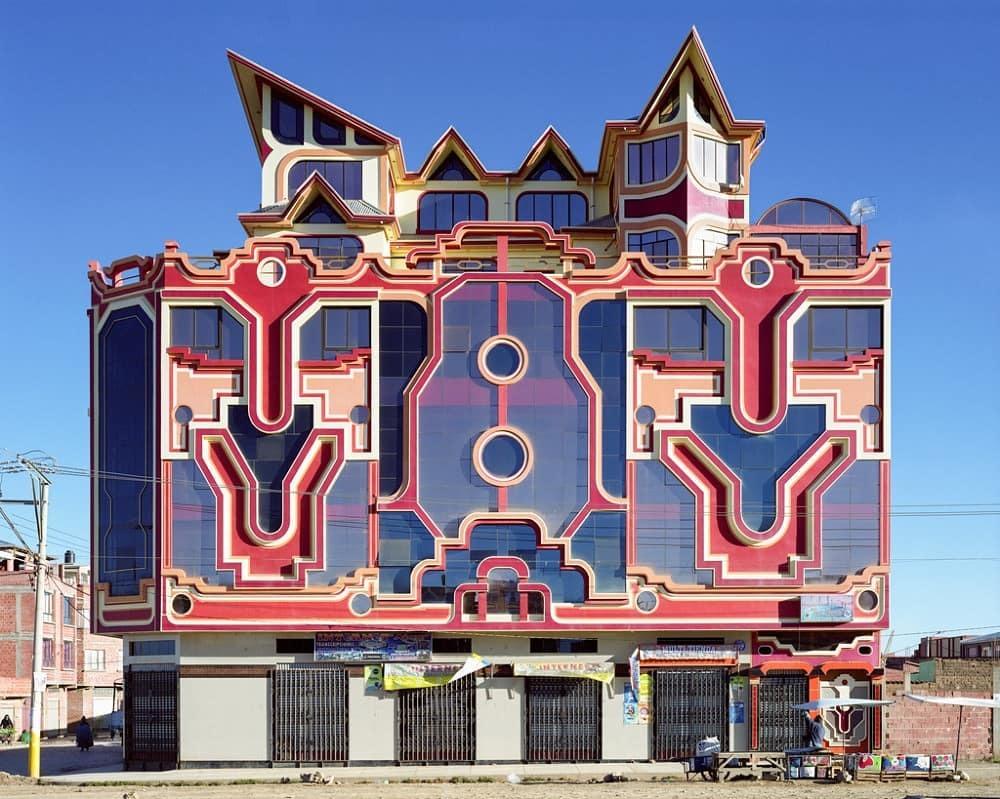 Разноцветные дома в Боливии