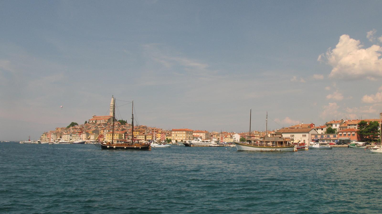 """Картинки по запросу """"красный остров хорватия"""""""