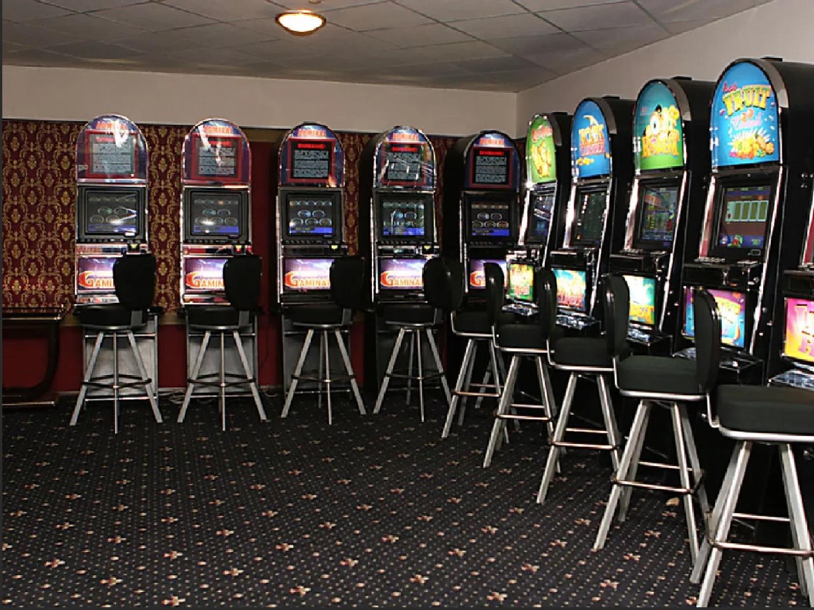 Подпольные залы игровых автоматов