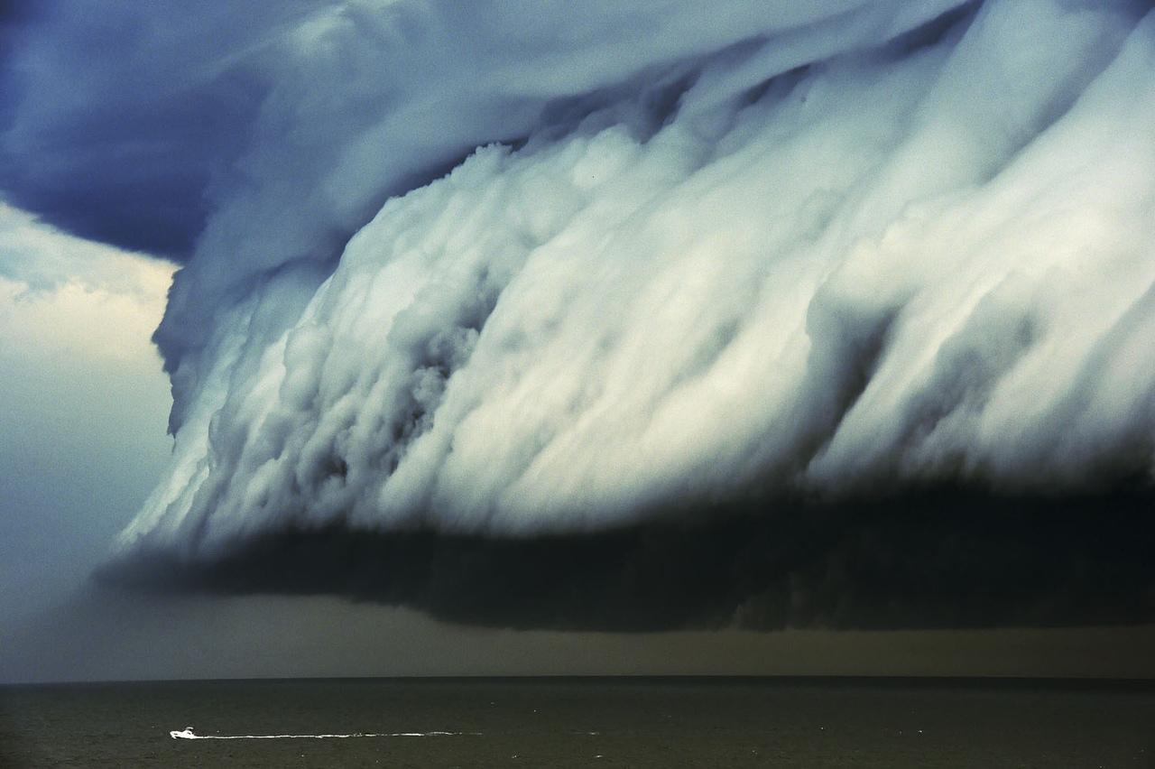 Обои Облака, необыкновенно, Пейзаж, яркие тона. Природа foto 4