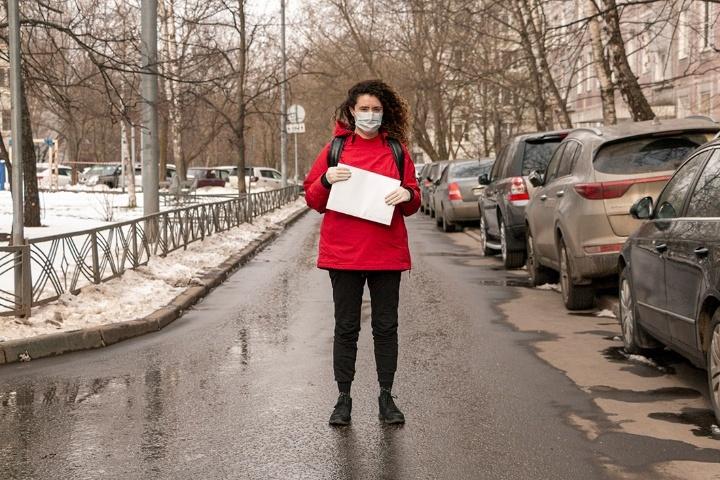 Работа курьером девушка москва anna kiseleva